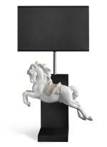 Lámpara de mesa de porcelana – Caballo Pirouette – Lladró