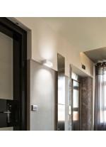 Aplique de pared LED para baño en blanco o gris 3000K – Iona – Exo – Novolux