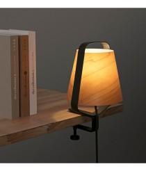 Lámpara con pinza de metal y madera – Stood – Faro