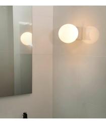 Aplique de baño cromado con pantalla esférica de cristal opal – Lago – Faro