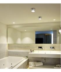 Plafón LED IP44 en tres acabados – Mini Plafon – Pujol Iluminación