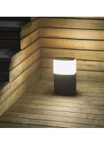 Dark grey post lamp – Datna – Faro