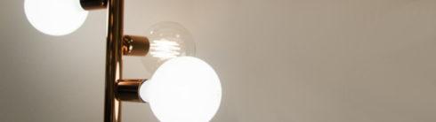 Decoración con lámparas de bombilla gigantes